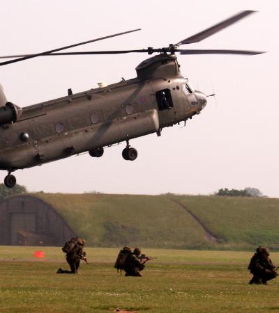 VET_HelicopterDeployment_400x450