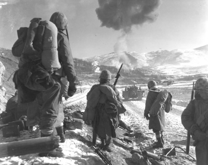 the-north-korean-invasion-of-south-korea-prompted-americans-entry-in-the-korean-war-this-photo-from-1950-shows-both-marine-air-and-ground-units-supporting-this-operation