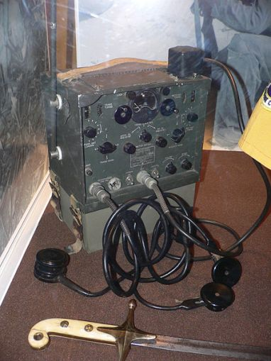 CRI 43007 transmitter-receiver used by Navajo code talkers
