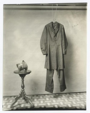 The suit and hat worn by Abraham Lincoln on the night of his assassination. Photograph made by the Smithsonian, c.1890.