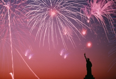 Patriotic_Wallpaper_Background_Statue_of_Liberty_Fireworks_2273x1538-1