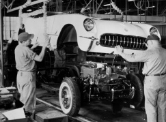 1953-Chevrolet-Corvette-Assembly-2_zps33668359