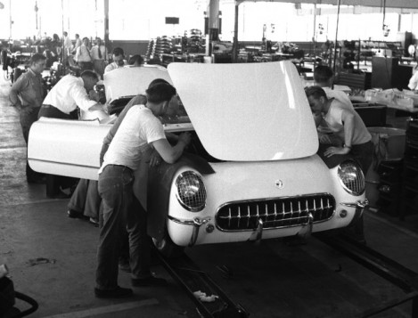 1953-Chevrolet-Corvette-Assembly_zps49b82fbb