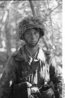 German MG gunner of a Luftwaffen-Felddivision. Normandy/France, June 1944.